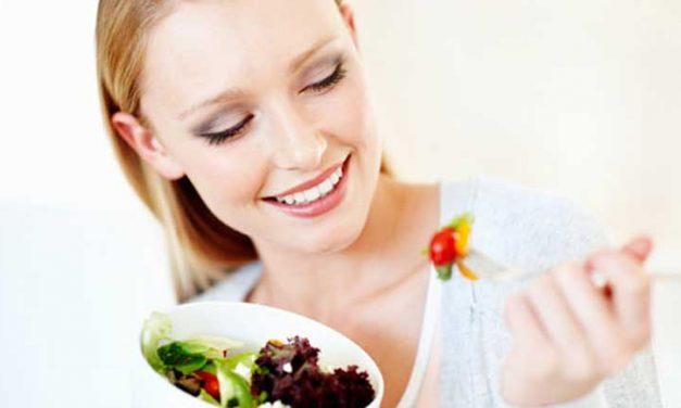 La salute dei capelli può dipendere dall'alimentazione?