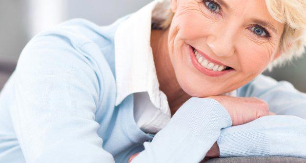 La caduta dei capelli in menopausa: tutta colpa degli estrogeni?
