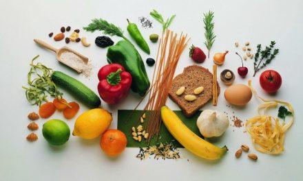 L'alimentazione e i prodotti naturali sono utili contro la caduta dei capelli?