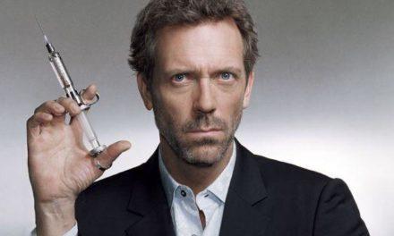 Hugh Laurie e il suo trapianto di capelli